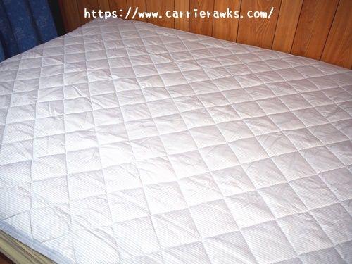 ベッドに敷いたNクールダブルスーパー